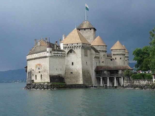 castles switzerland