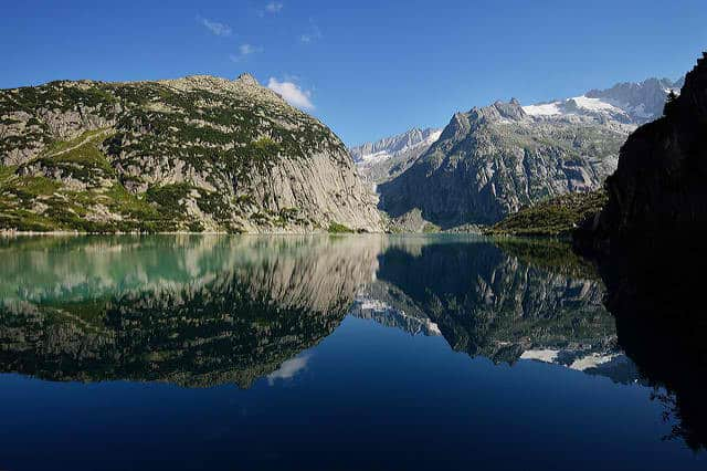 Most Stunning Lakes in Switzerland