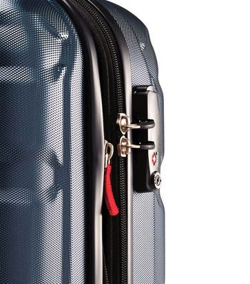 Travelpro vs Samsonite: A Detailed Suitcase Comparison