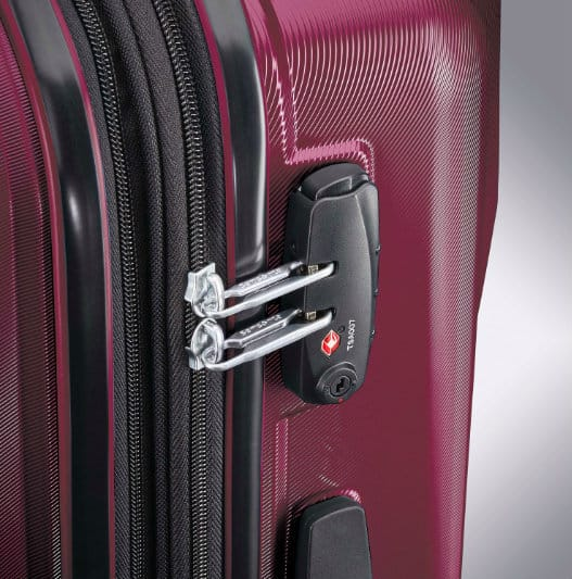 377c5abd19aa Samsonite Pivot Review (Hot Or Not?) | Expert World Travel