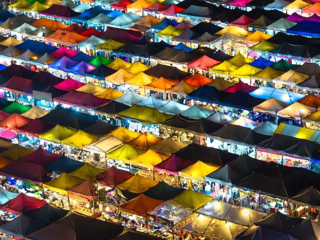 chatuchak market at night