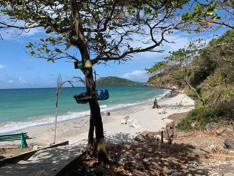Almond Bay, Providencia