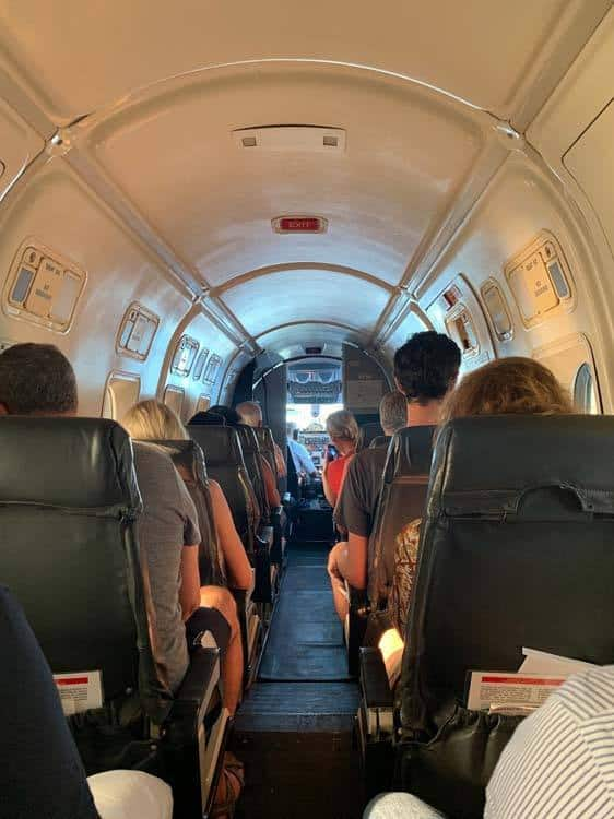 Satena flight - inside, only space for 20