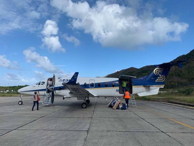 Satena Searca flight - landed in Providencia