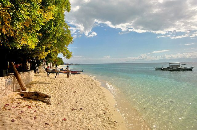 White Beach Moalboal