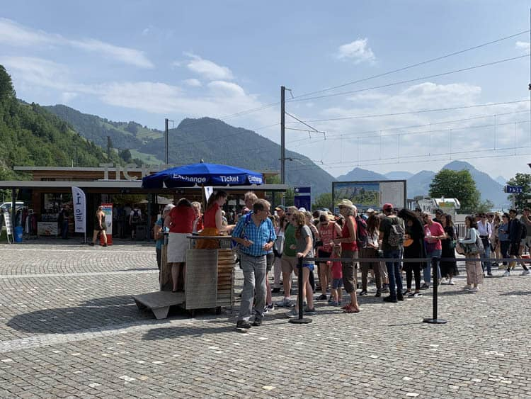 arrival alpnachstad pilatus ticket office