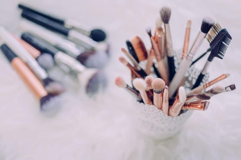 Packing Makeup Brushes