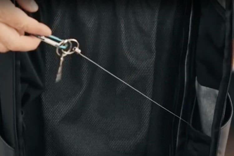 retractable key leash nomatic
