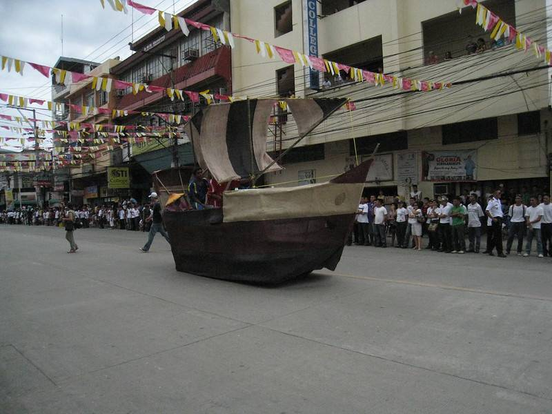 Sandugo Parade Float