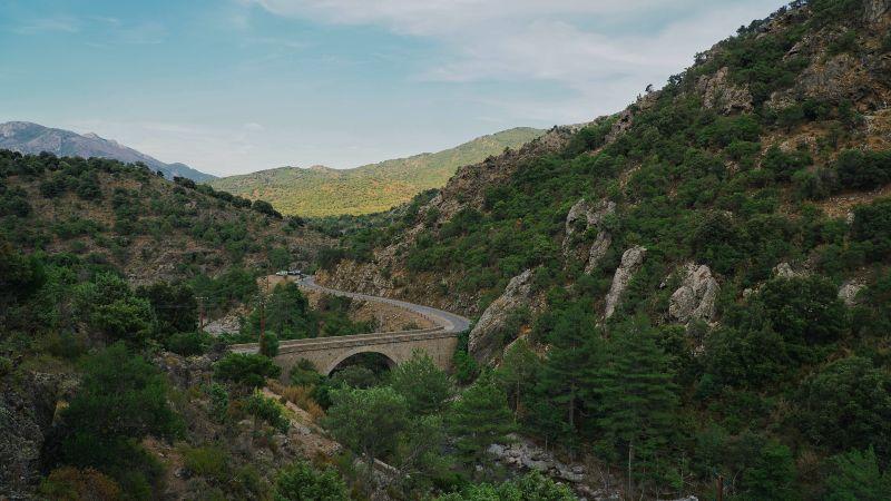 Corsica Hills