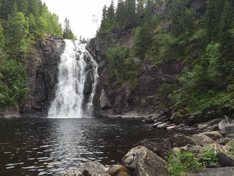 Hommelvik Waterfall