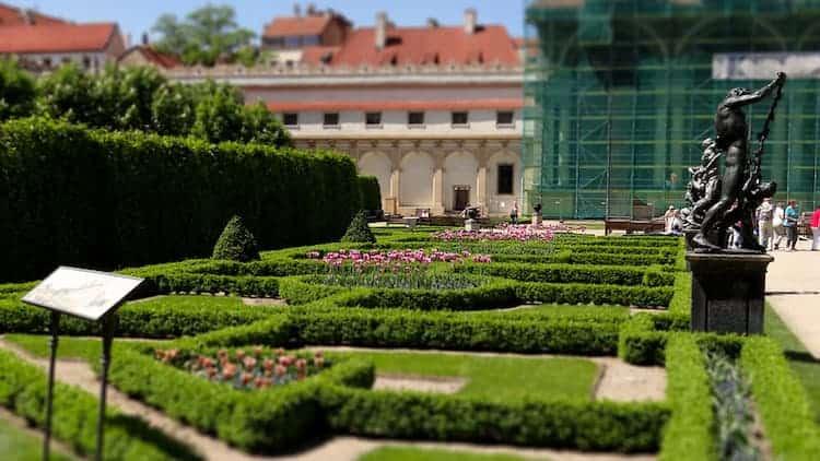 prague wallenstein garden