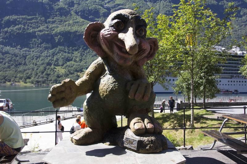 Troll Statue